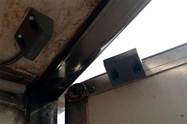 Установка датчика открытия кузовной двери